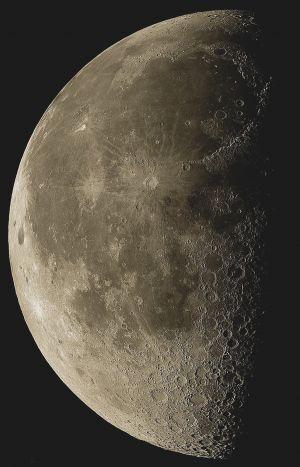 waning-moon-LQ.jpg